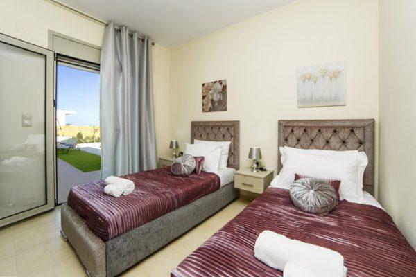 Villa Lavender single beds