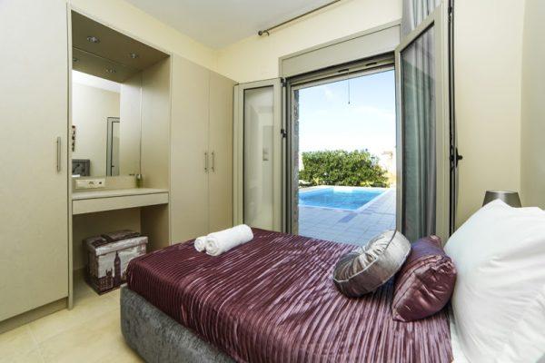 Villa Lavender single bed
