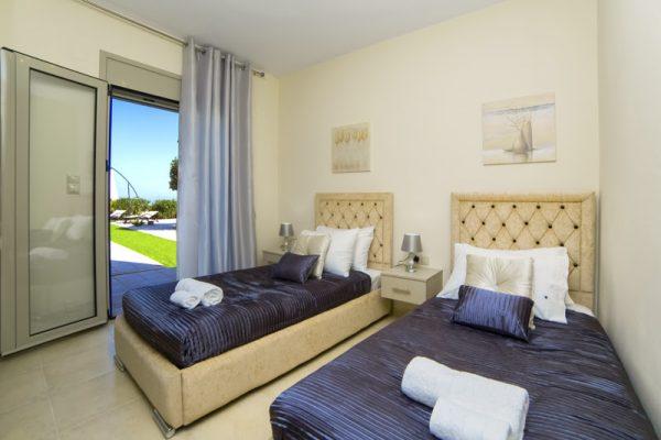 Villa Mint single beds
