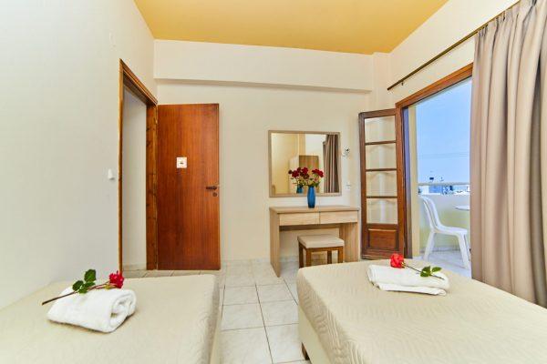 One Bedroom Quadruple Apartment living room