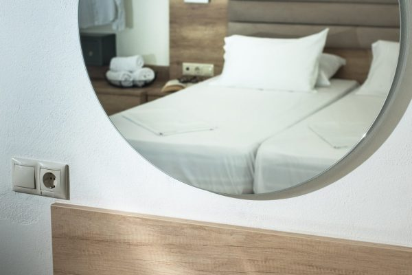 Superior Twin Studio with Garden View bed mirror