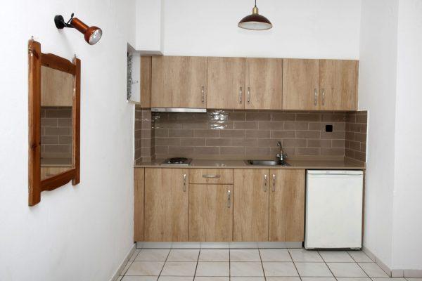 Standard Triple Studio Kitchenette