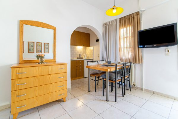 Luxury One Bedroom Apartments with Sea View Kitchenette area