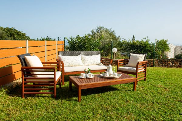 Luxury One Bedroom Apartments with Sea View Outdoor sitting area