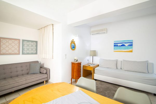 Family Two Bedroom Apartments with Sea View or Garden View living area