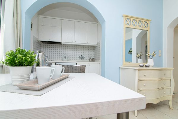 Luxury One Bedroom Apartments with Sea View Kitchenette