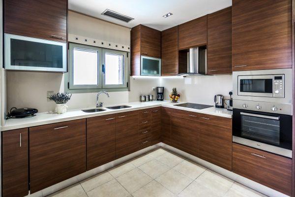 Main Kitchen - Both Villas Applicable
