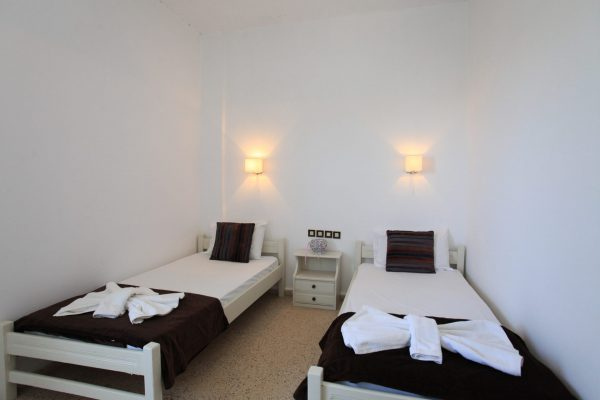 Family One Bedroom Quadruple Apartment single beds