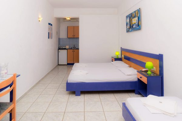 Standard Triple Studio beds