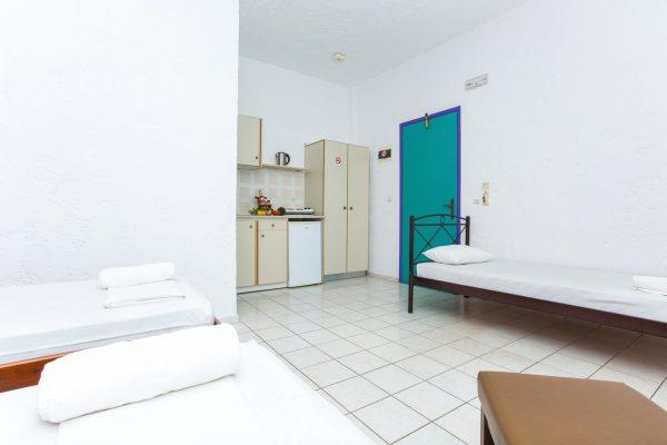 Standard Triple Studio single beds
