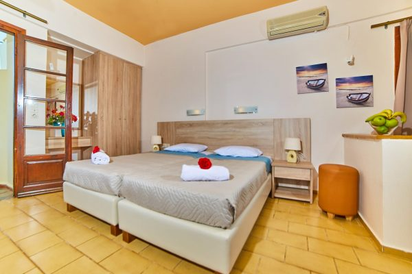 Standard Double/Twin Studio Single beds