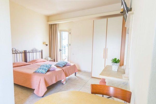Superior Studio single beds