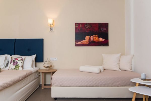 Superior Triple Studio Bed