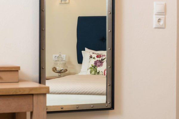 Superior Triple Studio mirror